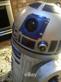 1 STAR WARS prop LUKE SKYWALKER'S Droid R2 D2 Head moves lights NICE