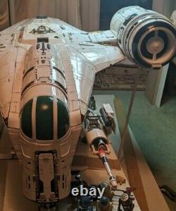 COMING THIS WEEK 1/18 Razor Crest Hunter Ship 2x Studio Scale 48inch x 33inch