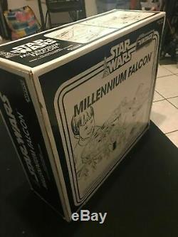 Hasbro Star Wars Millennium Falcon TRU Exclusive Vintage Collection