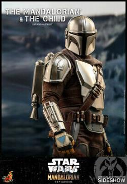 Hot Toys Star Wars Mandalorian and The Child Collectible 1/6 Scale Set In Stock
