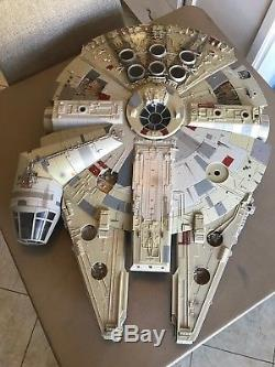 Huge Hasbro Millennium Falcon Star Wars Legacy Collection Action Figure Ship