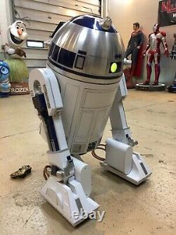 Life Size Star Wars All Steel and Aluminum Remote Controlled R2-D2 Full Size 11