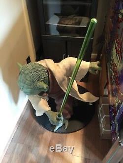 Life Size Star Wars Yoda Statue