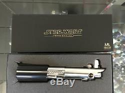 Master Replicas Luke Skywalker Elite ANH Lightsaber Artist Proof