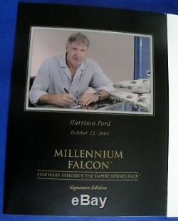 Master Replicas Studio Scale Signature Edition Millennium Falcon Artist Proof