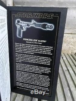 Master replicas princess leia blaster