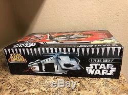 Republic Gunship 2006 STAR WARS The Saga Collection Cartoon Network MIB