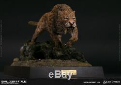 Smilodon Fatalis Statue Wet Rainforest Dam Toys Sideshow Dinosaur Damtoys