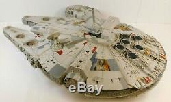 Star Wars Legacy Collection Millennium Falcon 2008 Hasbro