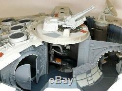 Star Wars Legacy Collection Millennium Falcon 2008 Hasbro