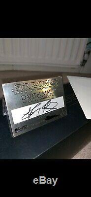 Star Wars Master Replicas Darth Maul Lightsaber signature edition