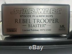 Star Wars Master Replicas Rebel Fleet Trooper Blaster