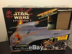 Star Wars Naboo Royal Starship Blockade Cruiser 1999