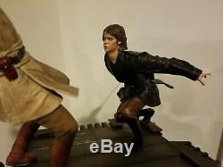 Star Wars Sideshow Collectibles Exclusive Obi-Wan vs Anakin Diorama Statue