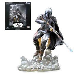 The Mandalorian Star Wars Disney Statue 11'' Gallery Diorama Diamond Select Toy