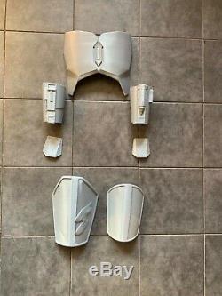 The Mandalorian beskar 11 full size armour Star Wars yoda